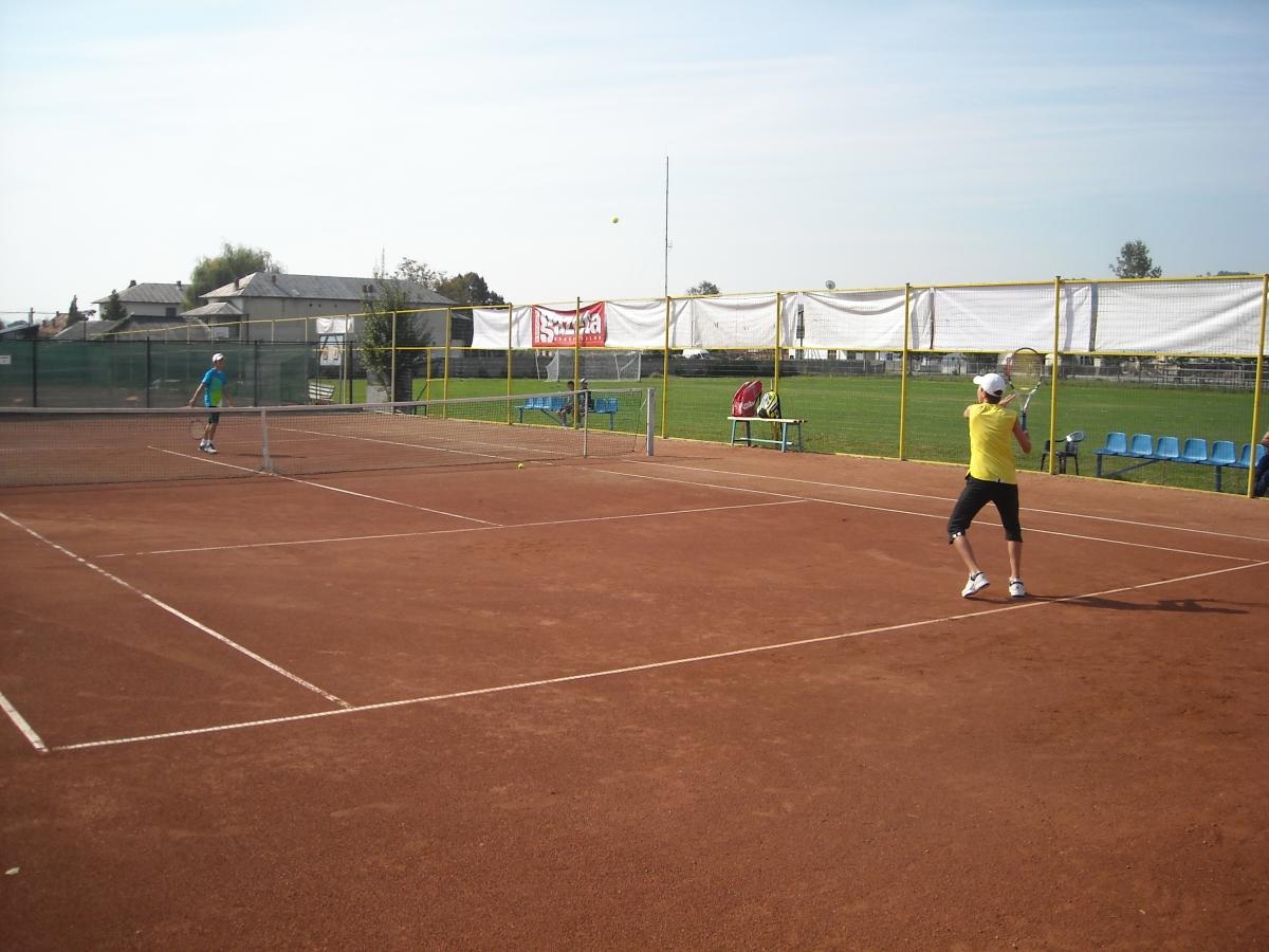 Tennis Europe Junior Tour: Peste 64 de tenismani de pe patru continente se reunesc la Cluj