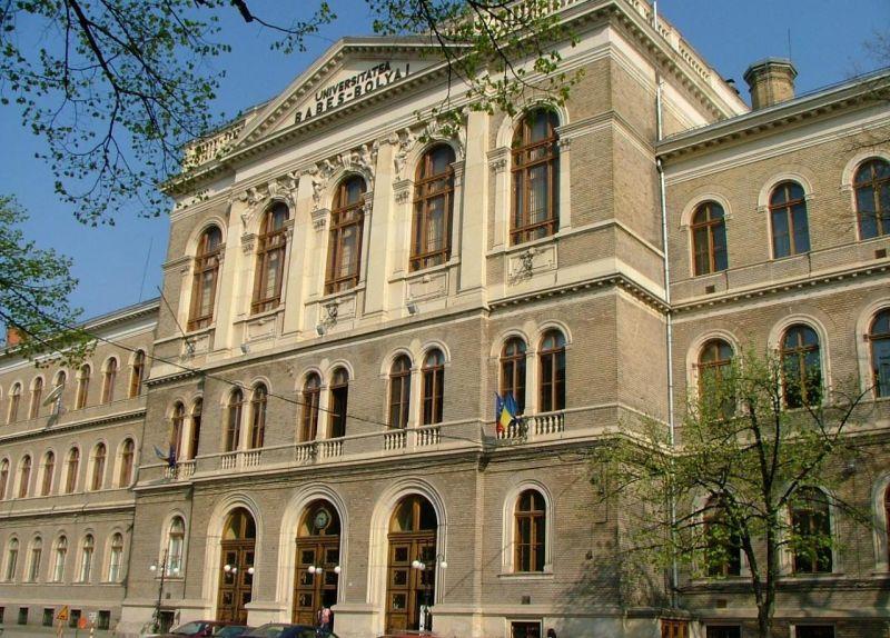 Membrii UBB Cluj, premiaţi de Academia Română