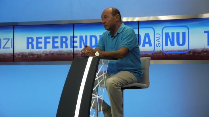 """Băsescu: """"Preşedintele nu-l poate revoca pe Victor Ponta"""""""