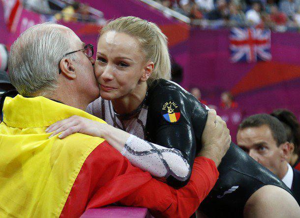Sandra Izbaşa a câştigat aurul olimpic la proba de sărituri!