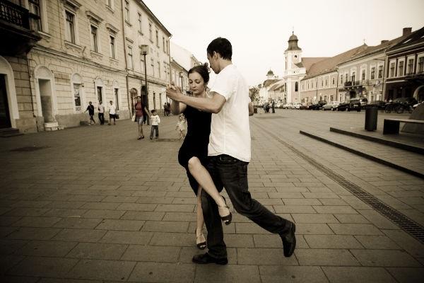 Povestea tango-ului argentinian pe bulevardul Eroilor!