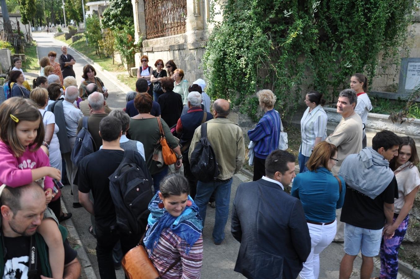 Zilele Culturale Maghiare au adus un număr impresionant de turişti la Cluj!