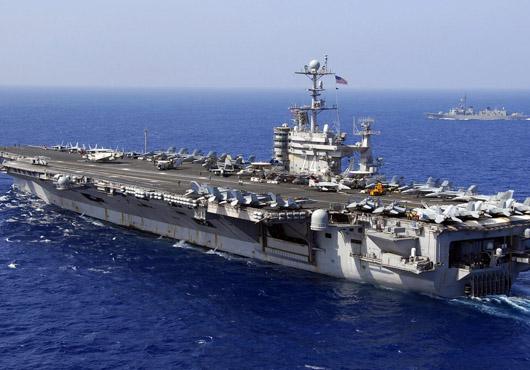 O desfăşurare de forţe armate, fără precedent, are loc în Golful Persic, în aşteptarea unui atac al Israelului asupra Iranului!