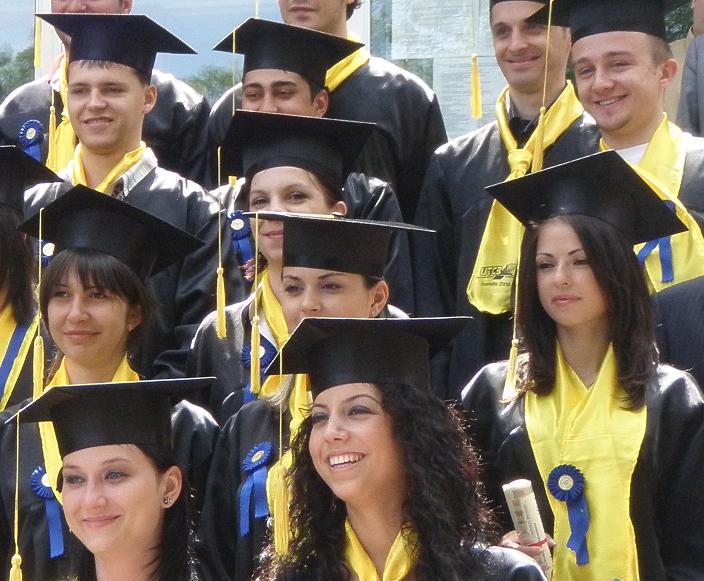 România, printre ultimele ţări din UE la numărul de absolvenţi de universităţi!