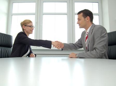 Un sfert dintre angajaţii fără forme legale au, cel puţin, diplome de licenţă!