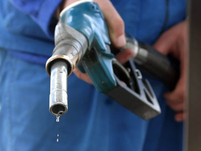 Un hoț de benzină din Cluj a ajuns la închisoare. Avea numere false și făcea  plinul în mai multe benzinării