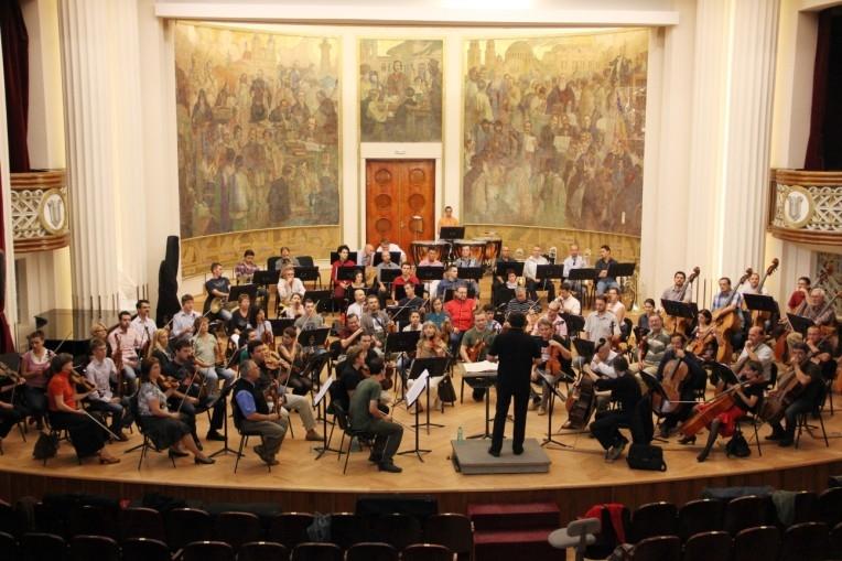 """Filarmonica se întoarce """"acasă"""", la Casa Universitarilor!"""
