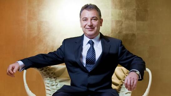 """Afacerea celui mai bogat român """"l-a lăsat"""" fără 100 de milioane de dolari într-un an!"""