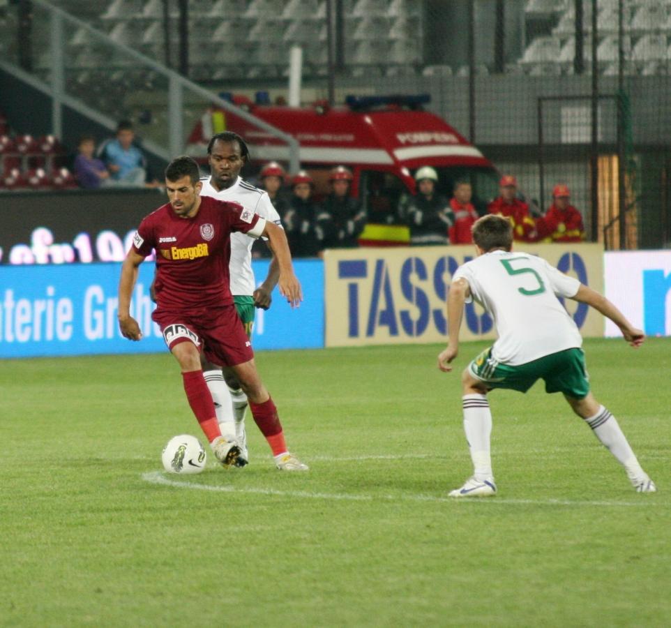 CRONICĂ: Clujenii acuză dur arbitrajul lui Balaj: Pandurii Tg. Jiu – CFR Cluj 2-1