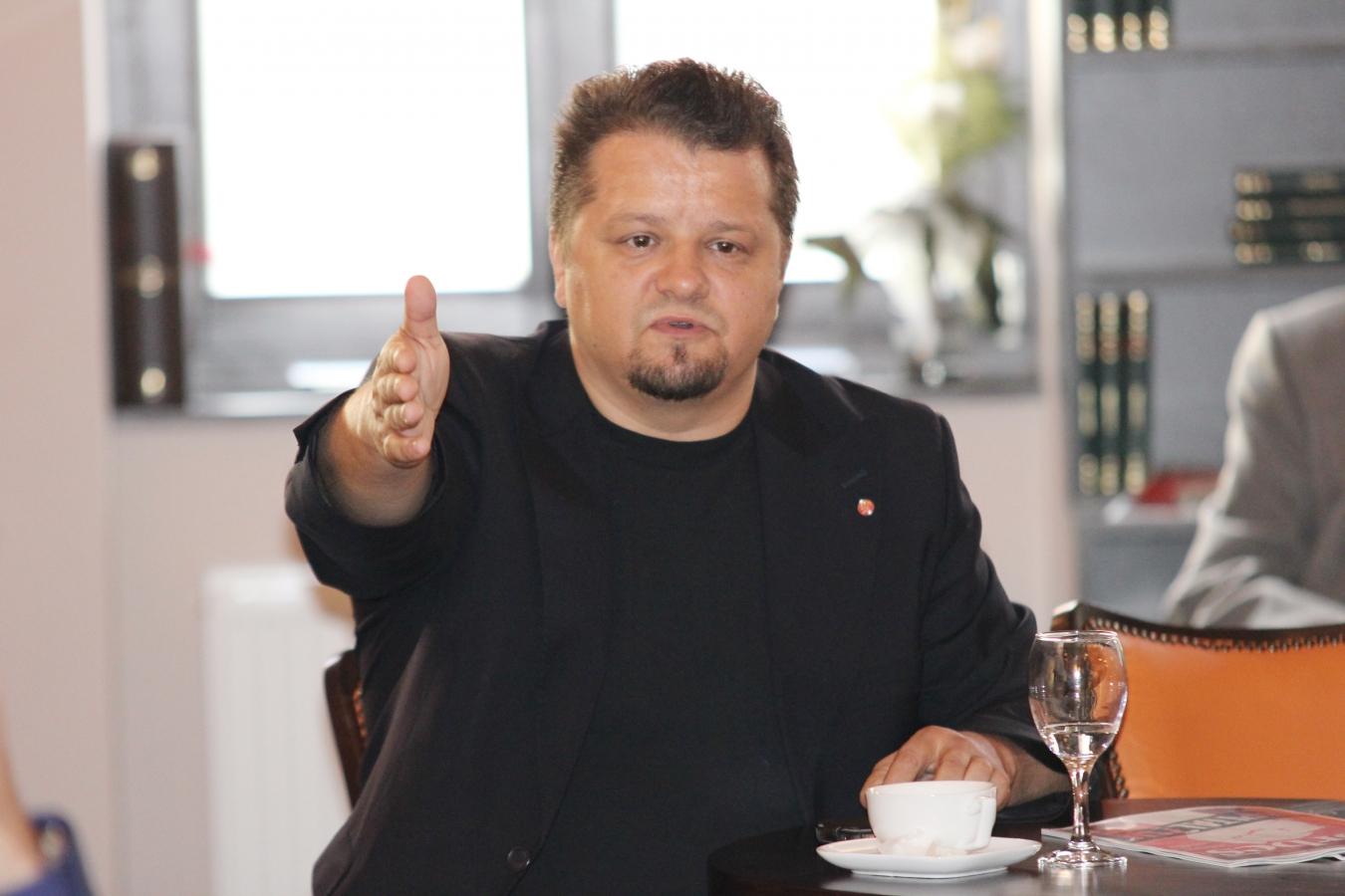 Cel mai bogat clujean, Ştefan Vuza, a achiziţionat combinatul Oltchim!