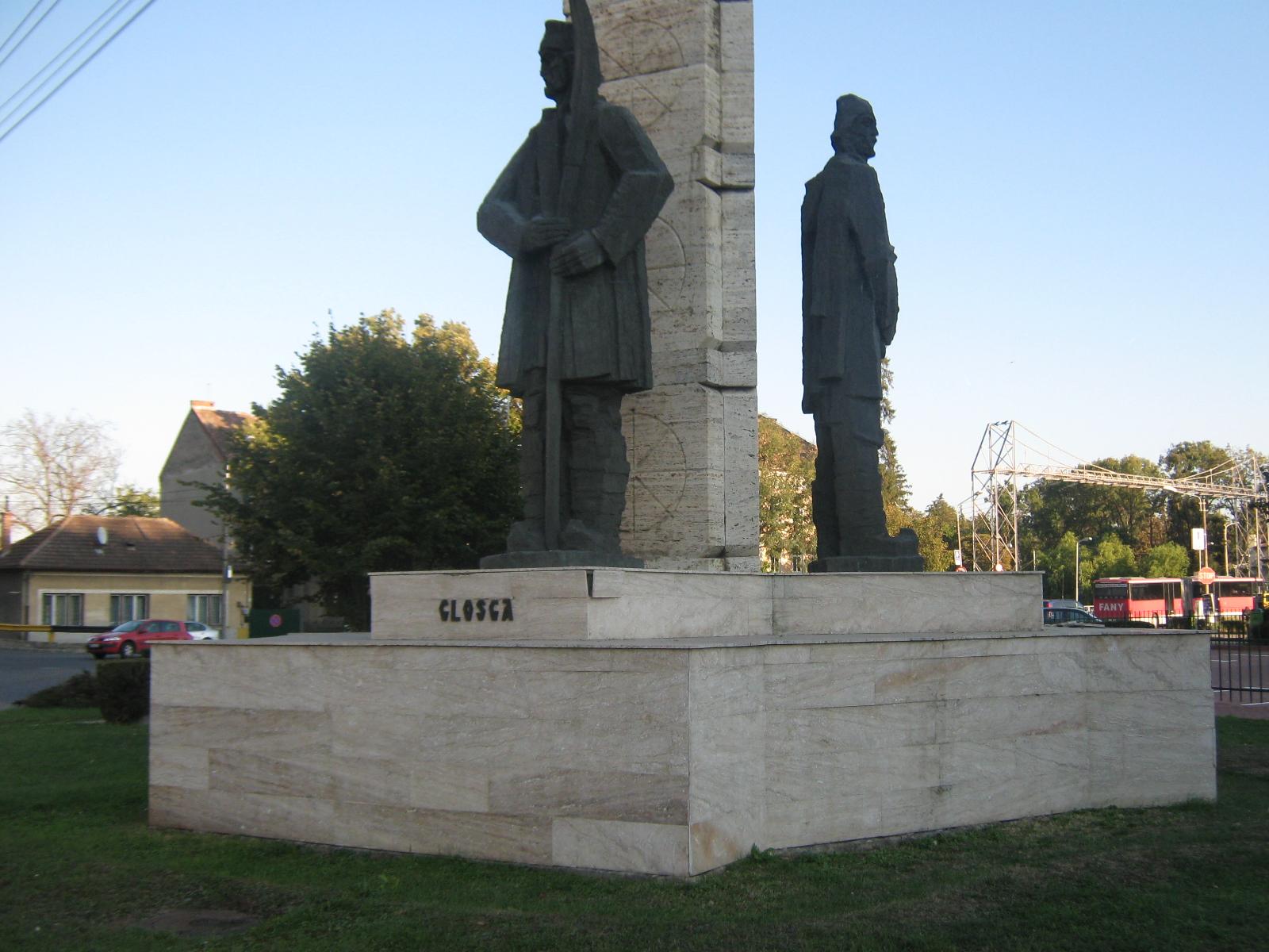 NEPĂSARE: Degradarea monumentelor Clujului!