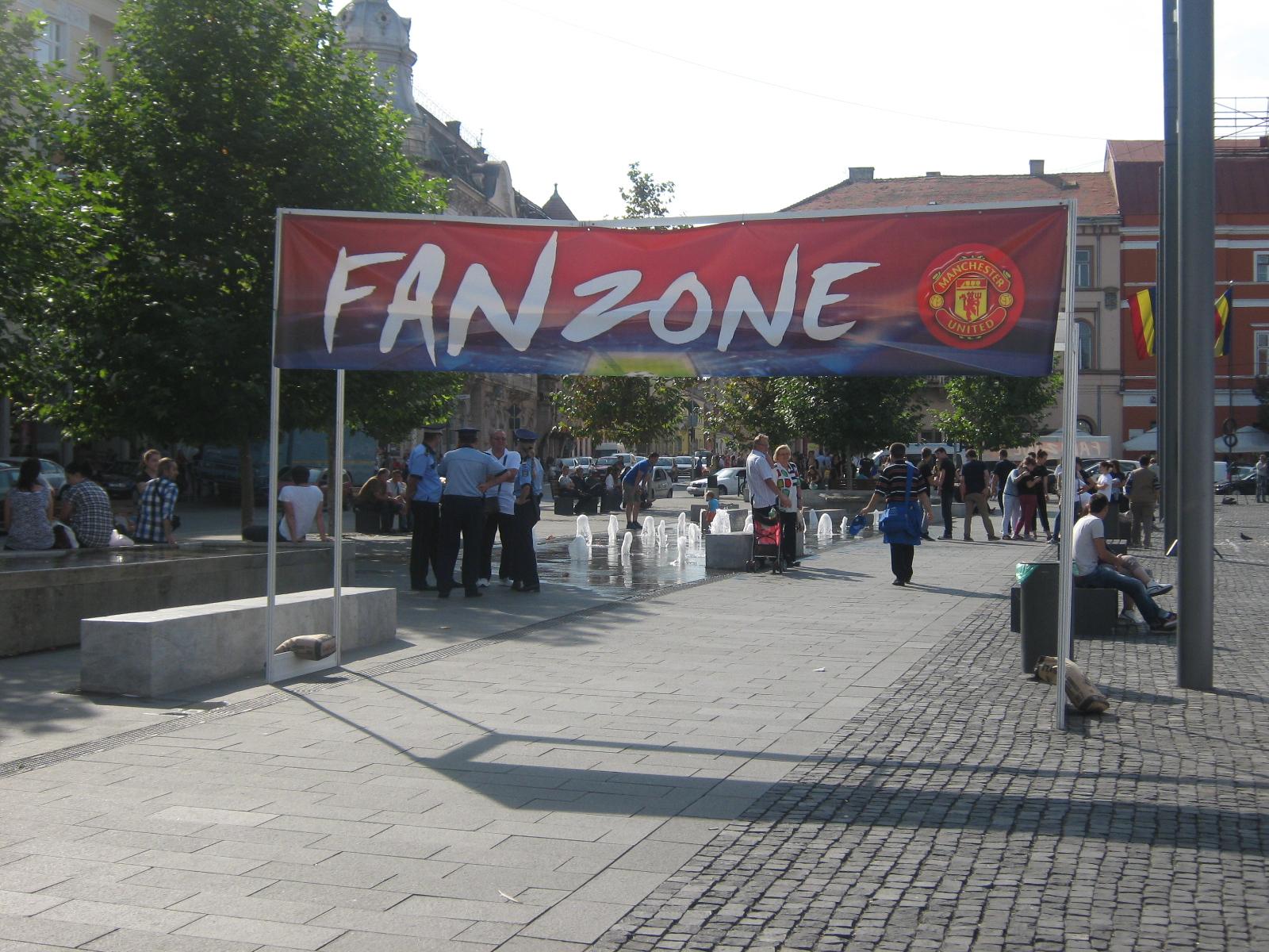 """Suporterii lui Manchester United s-au simţit ca """"acasă"""" la Cluj!"""