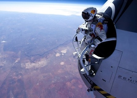 Date preliminare ale saltulului Supersonic Red Bull Stratos!