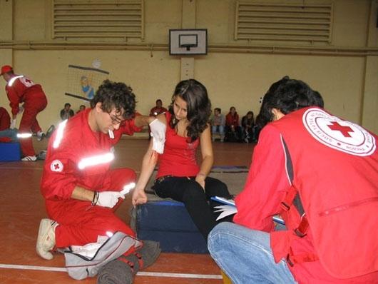 Cursuri de prim ajutor organizate de Crucea Roșie Română, filiala Cluj!