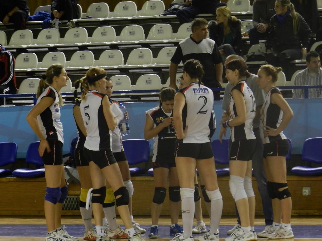 Înfrângere pentru voleibalistele Universităţii, 2-3 CS Alba Blaj!