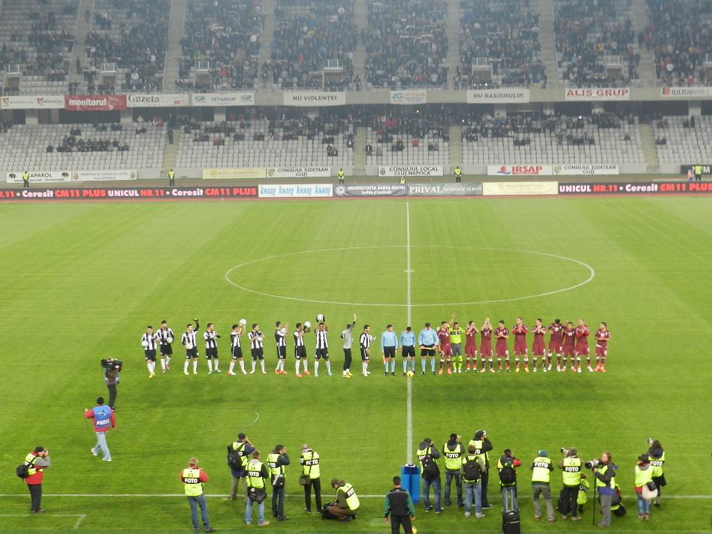 """CRONICĂ: Meciul suferinţei – """"U"""" cu posesia, Rapid cu golurie! Scor final, 1-2"""