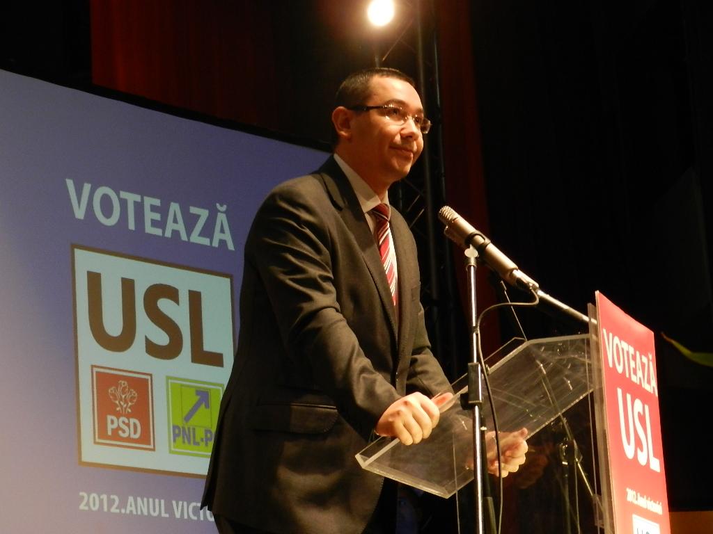 Victor Ponta, cel mai mediatizat politician în online, în ianuarie 2013