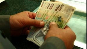 """Bugetul 2016: Salariul minim pe economie NU va creşte de la 1 ianuarie. """"Prima Casă"""" continuă"""