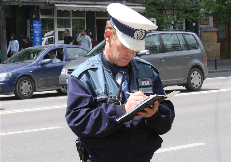 Aproape 60 de amenzi aplicate într-o singură zi de poliţiştii clujeni