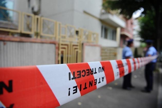 Descoperire ca-n filmele poliţiste în Huedin. O femeie şi-a găsit soţul şi soacra fără suflare. Locuinţe diferite, aceeaşi metodă