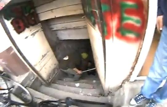 VIDEO Copil de ţigan ameninţat cu bătaia pentru că a încercat să fure o bicicletă
