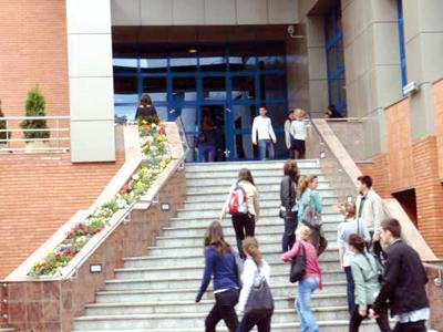 Peste 5500 de străini înregistraţi în Cluj în 2012