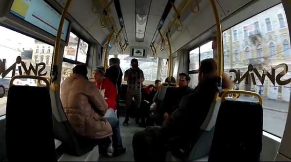 VIDEO Harlem Shake într-un tramvai din Cluj-Napoca