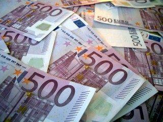HALUCINANT: Tiganii interlopi din Timisoara s-au filmat in timp ce-si numarau miile de euro