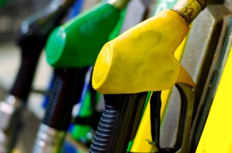 BNR estimeaza o creştere a preţurilor combustibililor cu 3,2% in primul trimestru din 2013