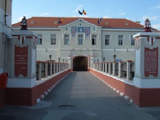 Un detinut de la penitenciarul Gherla s-a spanzurat in celula