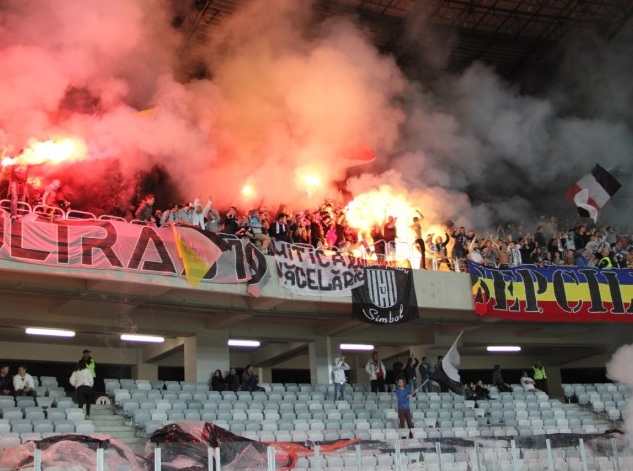 U Cluj suporteri peluza