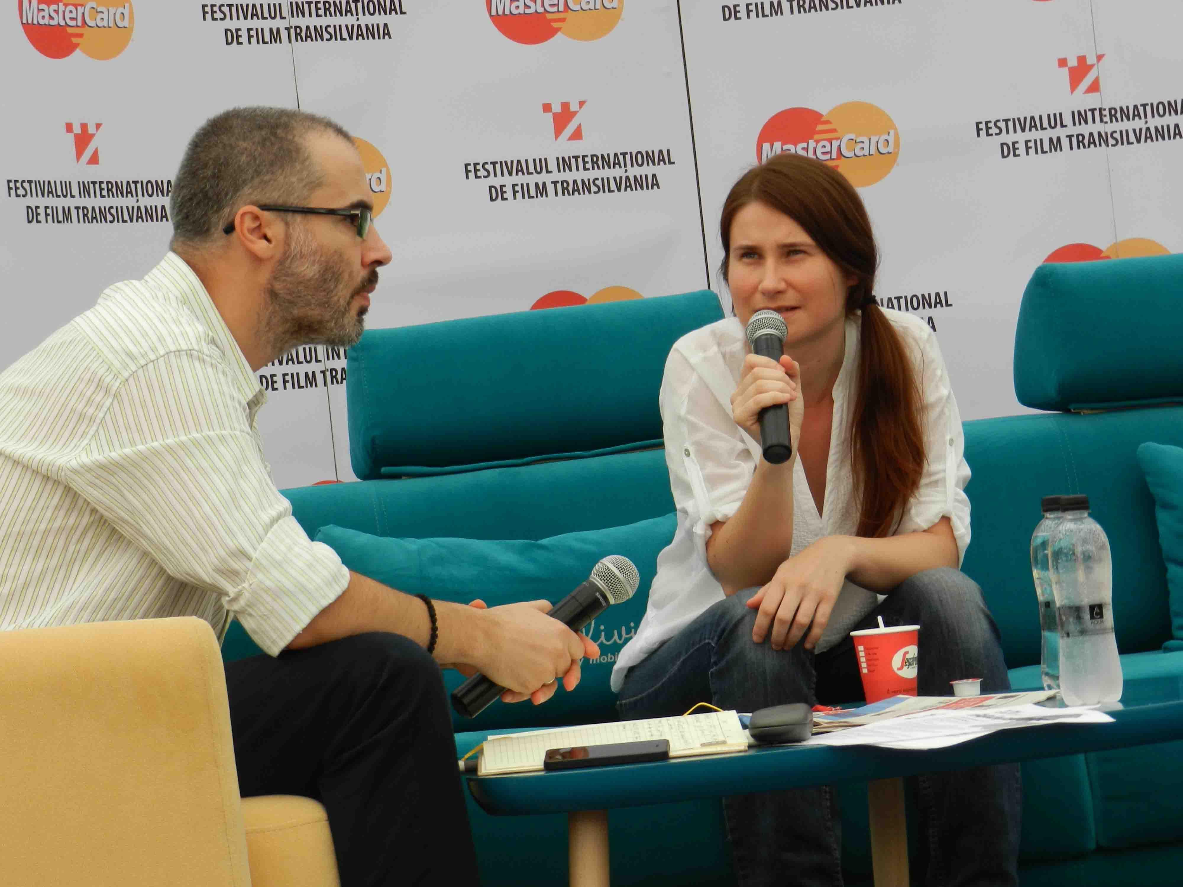 """Actriţa Cristina Flutur din filmul """"După Dealuri"""", prezentă sâmbătă la TIFF Lounge"""