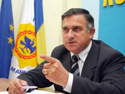 Vadim Tudor a fost exclus din PRM. Gheorghe Funar e noul preşedinte al partidului