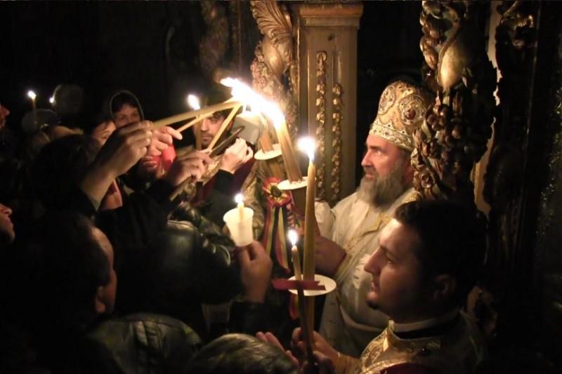 Tradiționala slujbă de Înviere nu va avea loc, iar sfintele Paști vor fi livrate la domiciliu de către reprezentanții bisericilor
