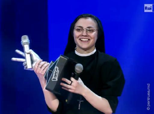 """Sora Cristina Scuccia a câștigat """"Vocea Italiei"""""""