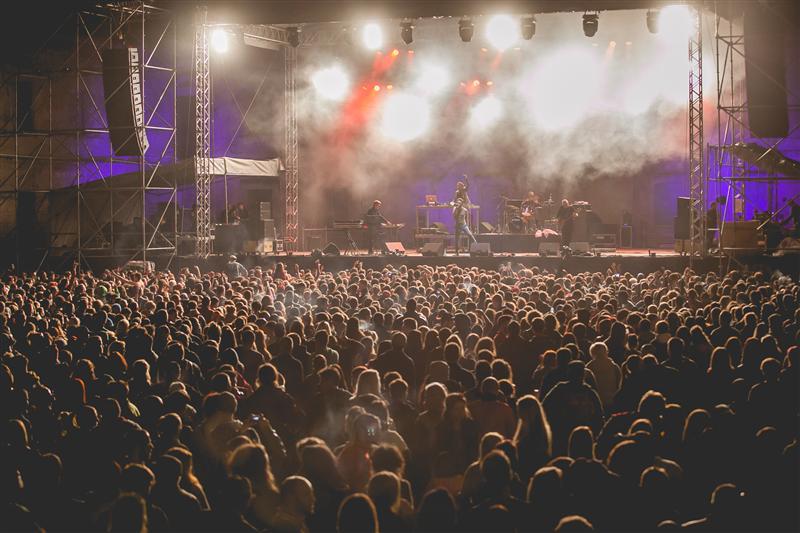 80.000 de participanţi la Electric Castle 2014