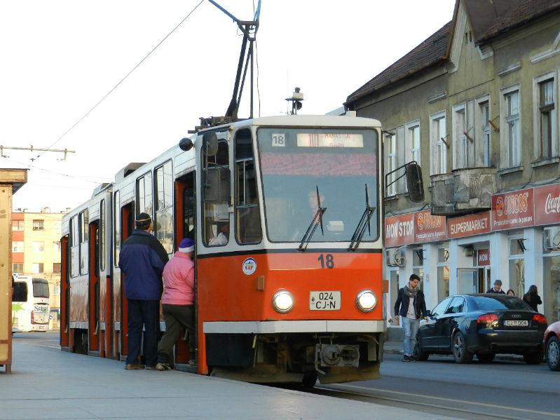 Se suspendă circulaţia tramvaielor 100 şi 102 începând de luni pentru lucrări