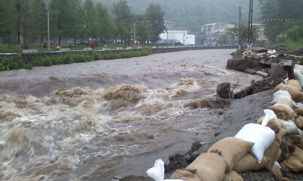 Consiliul Judetean Cluj sprijina cu 110.000 lei localităţile afectate de inundaţiile din luna mai