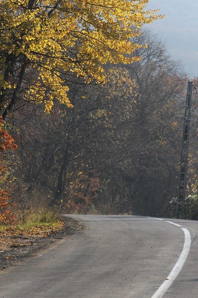 Incep lucrarile la drumul judetean 107 N Baisoara-Valea Ierii