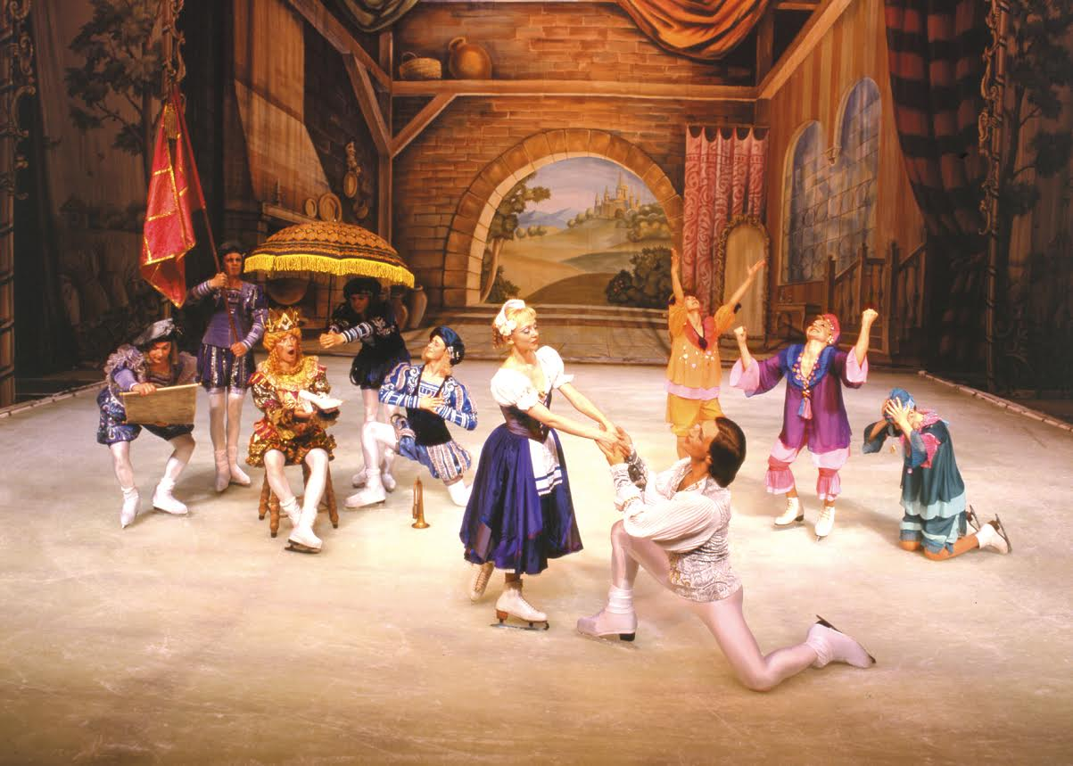 Ansamblul de Stat al Baletului pe Gheață din Sankt Petersburg, într-o reprezentaţie în premieră pentru România