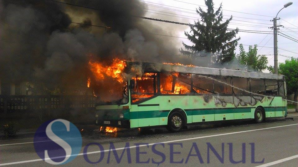 incendiu-autobuz-Gherla-3