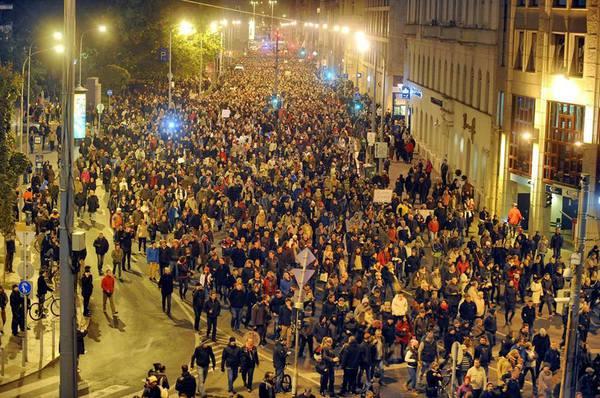 protest budapeste taxa pe internet