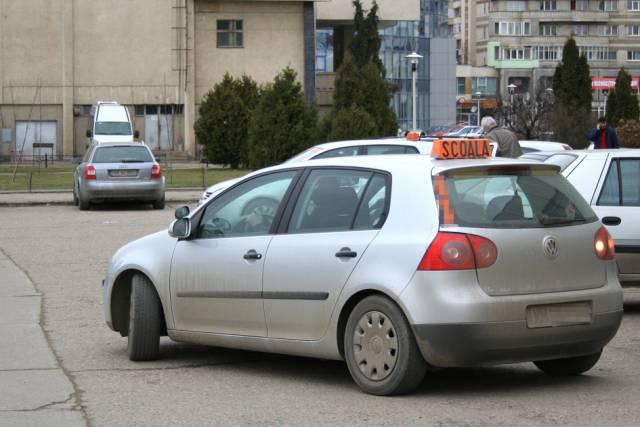 """Programul """"Prima masina"""", în care plăteşti doar 100 euro rata lunara!"""