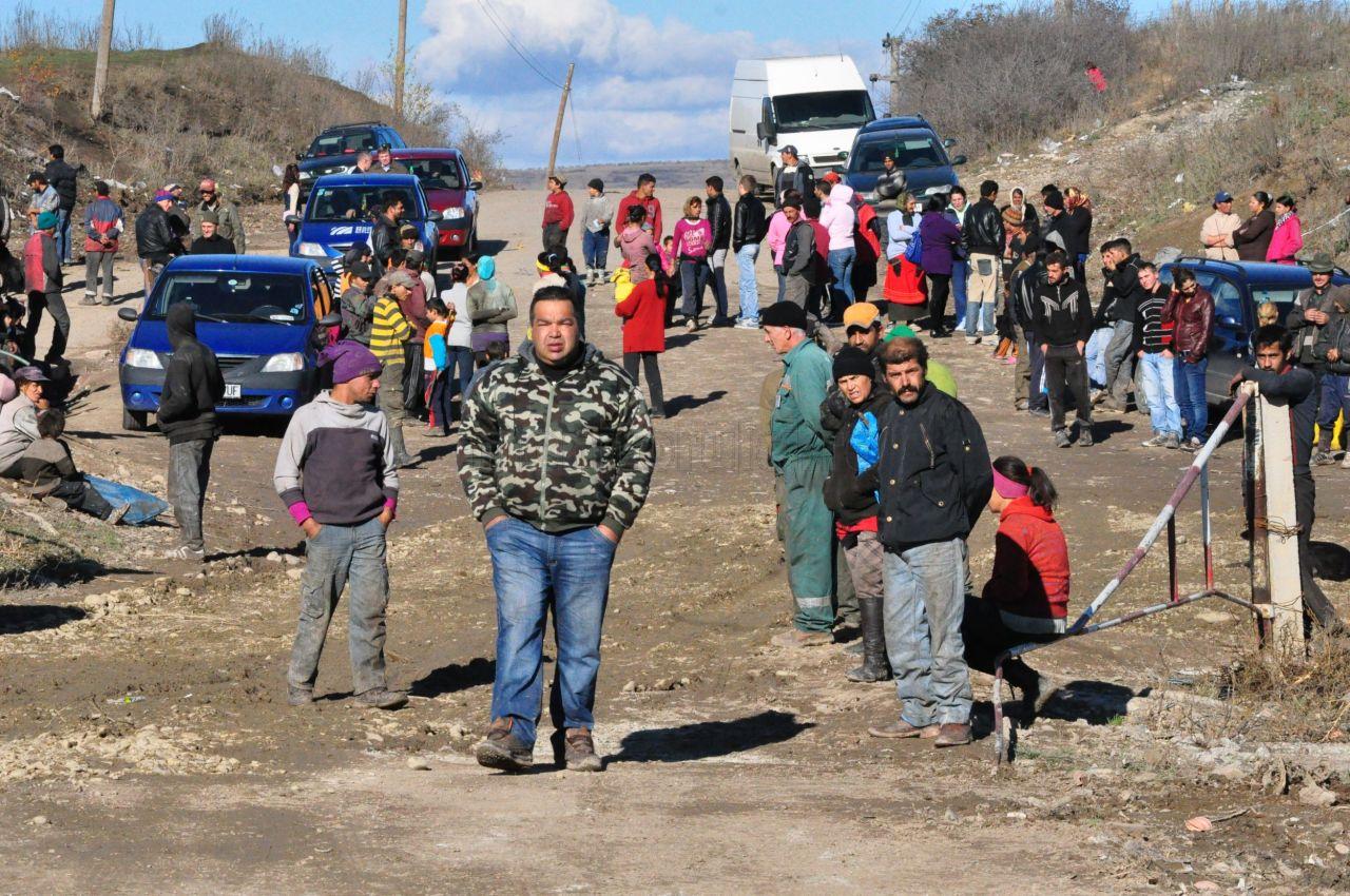 Primaria a castigat procesul cu tiganii din Pata Rât! Romii nu vor primi despagubiri de 2.000 euro