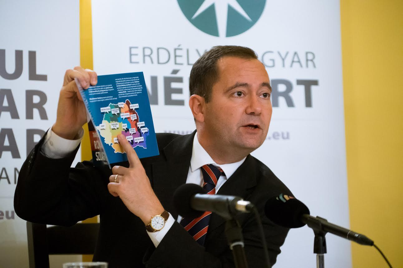 Prezidenţiabilul Szilágyi Zsolt il reclama pe Funar la Consiliul pentru Combaterea Discriminării
