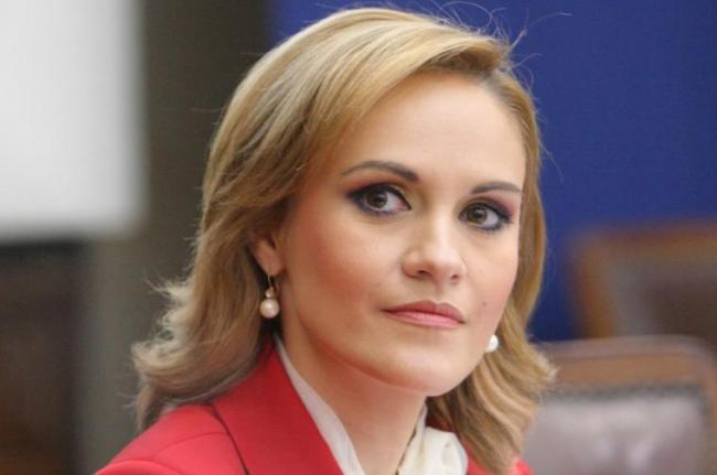 """Gabriela Firea, răspuns arogant despre poluarea din Capitală: """"Mutați-vă din București, dacă nu vă place"""""""