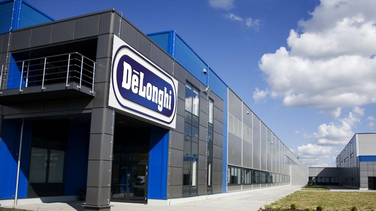 "DeLonghi face angajari la fabrica ""Tetarom 3"" din comuna Jucu"