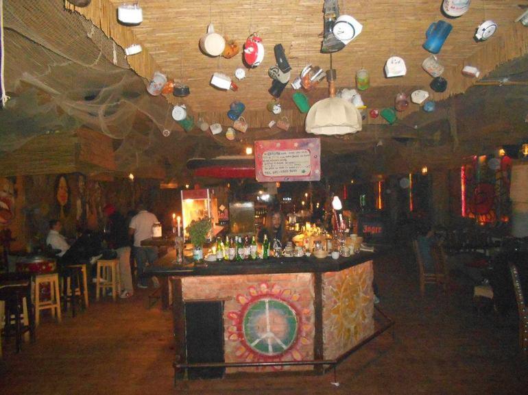 Primăria Cluj nu reușește să închidă clubul Janis din Piața Unirii nici în instanță!