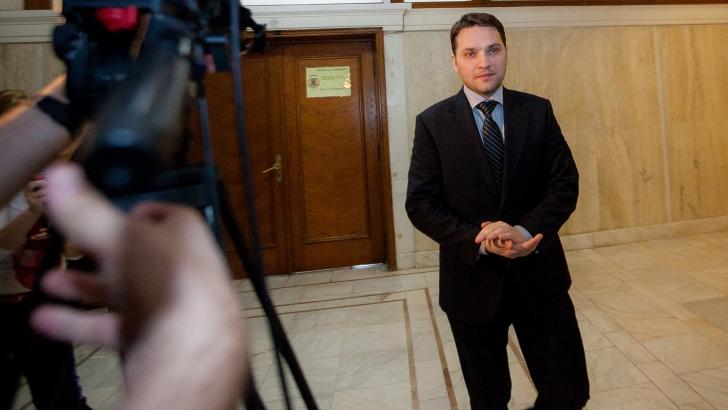 Senatorul Dan Șova, salvat de la arestare de colegii din Senat! DEMISIA!