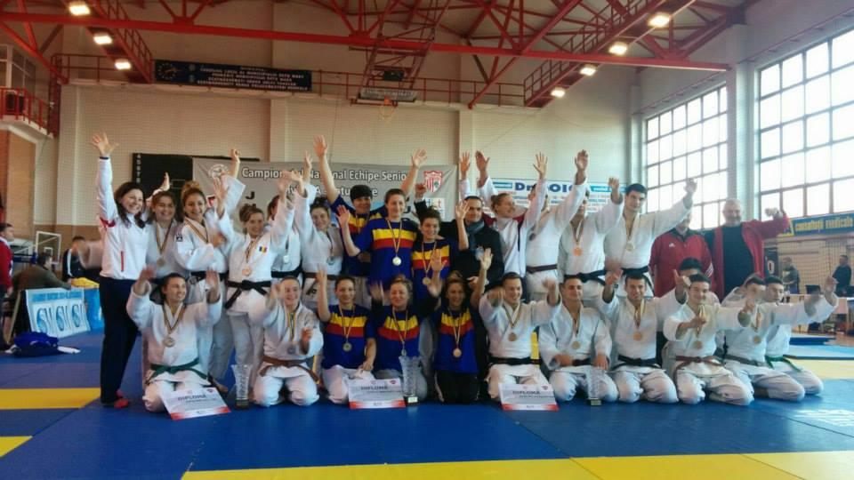 echipa de judo a U Cluj